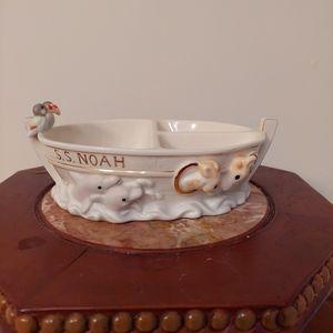 Lenox S.S.Noah's Ark Ceramic Divided Dish.